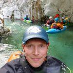 paddler des wassersportverein warturms beim wildwasserfahren